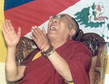 dalai-lama-laughing
